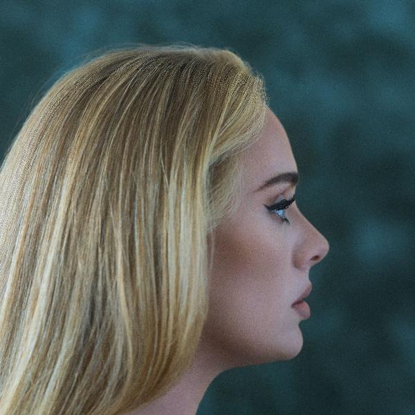 Adele-30-hq-gatefold